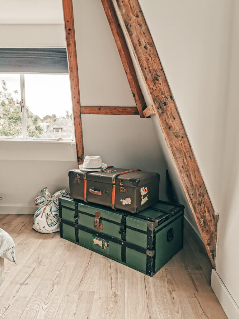 Koffers als styling in huis
